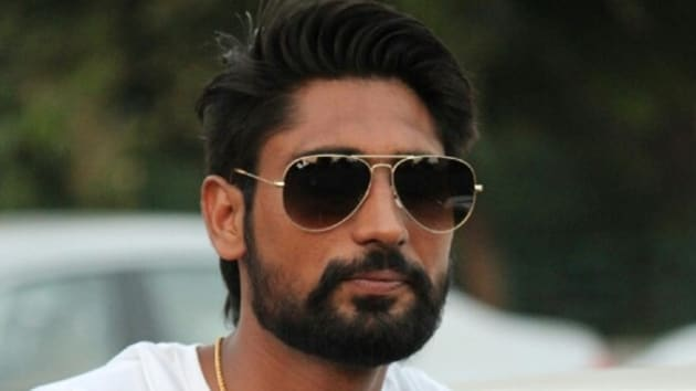 Gangster Davinder Singh alias Babli Randhawa led a group of five gangster and murdered a financier in Sangrur on Feb 16.(Photo: Facebook)