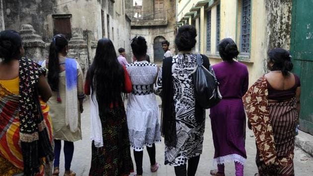 Sex workers said some of them are cutting their rates to lure customers but even the discounts are not good enough to revive business.(HT File Photo)