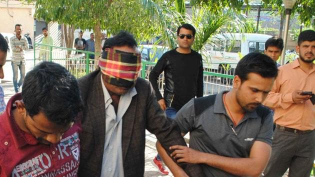 Delhi resident Abdul Jabbar being produced before a special court in Bhopal on Sunday.(Mujeeb Faruqui/HT Photo)