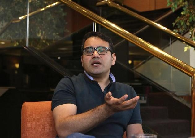 Kunal Bahl, CEO of India's e-commerce firm Snapdeal, speaks during an interview with Reuters in Mumbai, India, February 6, 2017. REUTERS/Shailesh Andrade