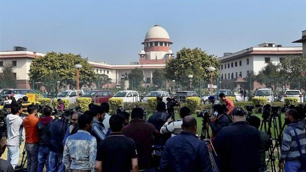 The Supreme Court had issued a warrant order on Friday, directing Karnan's presence on March31 after the judge ignored earlier summons.(PTI)