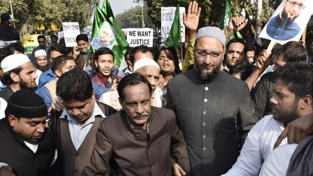 AIMIM chief Asaduddin Owaisi said the results proved that secular parties have failed the Muslims yet again and asserted that the Muslim vote bank is a myth.(HT FILE PHOTO)