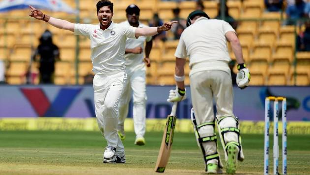 The Bangalore pitch that hosted the India vs Australia second Test has come under fire from ICC.(PTI)