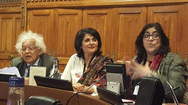 """Film director Gurinder Chadha (extreme right)speaking at the """"Talking Partition"""" event in the House of Lords on Tuesday evening. Also seen are Meghnad Desai, member of the House of Lords, and Kishwar Desai (centre), chair of the Partition Museum in Amritsar.(HT Photo)"""