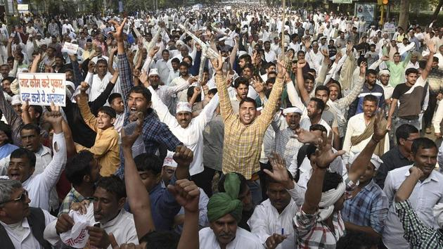 The Jat protesters had threatened to block essential services to the capital if their demands for reservation are not met.(Sonu Mehta/HT PHOTO)