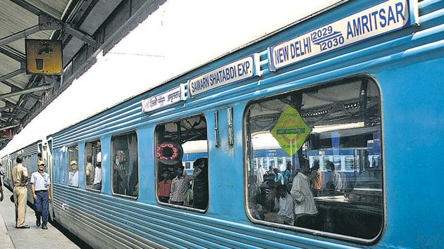 A Swarna Shatabdi Express train that runs between Amritsar and New Delhi became the property of a 45-year-old farmer in Ludhiana.(HT File Photo/Representative image)