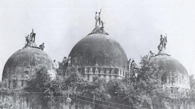 A Hindu mob demolished the centuries-old Babri masjid in Ayodhya in December 1992. The Supreme Court on Tuesday suggested an out-of-court settlement in the Ramjanmbhoomi-Babri Masjid case.(HT file photo)