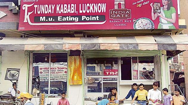 Lucknow's iconic Tundey Kababi has stopped selling beef kebabs after a crackdown on illegal slaughterhouses.(HT File Photo)