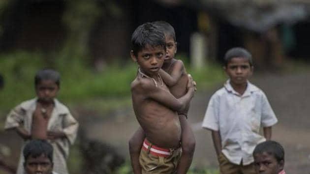 Till August 2016, malnutrition claimed lives of 254 children in Palghar district of Maharashtra.(HT FILE)