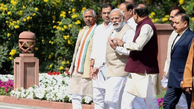 Prime Minister Narendra Modi with other BJP leaders after the party's parliamentary meeting at Parliament in New Delhi.(PTI File Photo)