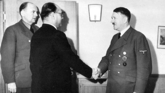 The enemy's enemy is a friend:?Subhas Chandra Bose and Adolf Hitler in Berlin, Germany in May 1942.(UIG via Getty Images)