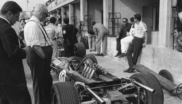 Italian authorities foiled an attempt by a gang to steal the body of Enzo Ferrari from his grave and hold it for ransom. Enzo Ferrari is the legend of Italian automotive manufacturing.(Getty Images)