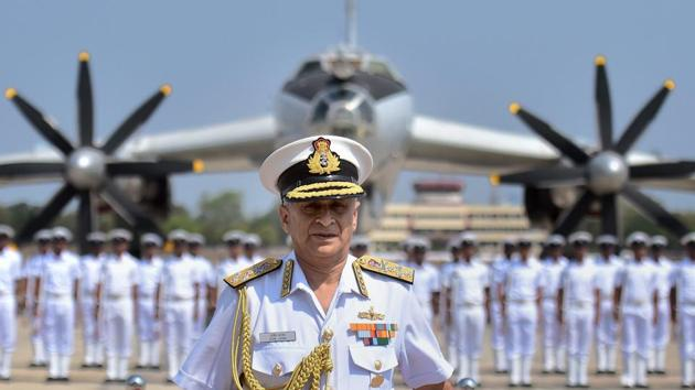 Navy Chief Admiral Sunil Lanba at the de-induction of India's long range maritime patrol aircraft, TU-142 M, at the INS Rajali naval air station in Arakkonam on March 29, 2017.(PTI)