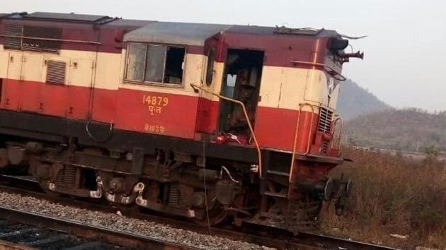 30 suspected Maoists allegedly vandalised the Doikallu railway station in Odisha.(ANI Photo)
