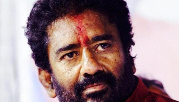 Air India not just barred Ravindra Gaikwad, a Shiv Sena MP from Maharashtra, who had assaulted a staffer, from its flights, it even cancelled his return ticket to Pune .(HT Photo)
