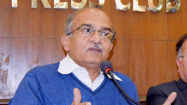 A police complaint has been filed against senior advocate Prashant Bhushan for his alleged 'inflammatory tweets' against Lord Krishna.(PTI)