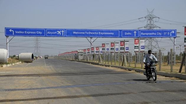 The Northern Peripheral Road (NPR) project in Gurgaon has missed several deadlines.(HT FILE PHOTO)