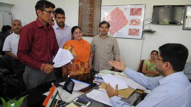 Parents met the additional deputy commissioner and district education officer on Monday.(Parveen Kumar/HT PHOTO)