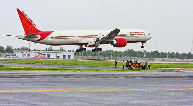 Delhi is the most connected airport as it served to 129 destinations while second was Mumbai with 90 destinations, shows annual air traffic data.(Vipin Kumar)