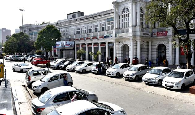 The three-month project to make Connaught Place car-free has been postponed due to lack of unanimity over execution of the plan(Mohd Zakir/HT FILE)