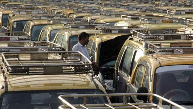 The indicators, which would signal if the cab is free or occupied, was to bring down the rampant ride refusals by drivers, as according to a 2012 proposal, a vacant vehicle will have to ply as per the commuter's request.(HT)