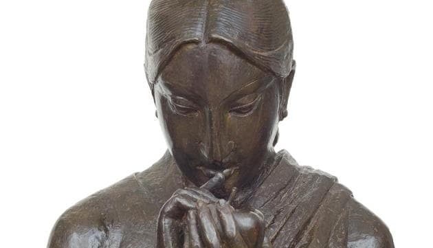An untitled bronze sculpture by Lalu Prasad Shaw(Photo courtesy: Gallery 7)