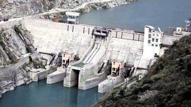 A view of the Nathpa Jhakri hydroelectric project in Shimla. Renewable energy sources will account for 56.5 % of India's installed power capacity by 2027.(HT Photo)