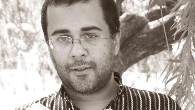 Writer Chetan Bhagat's book Five Point Someone will now be part of Delhi University syllabus.(Mayank Austen Soofi)