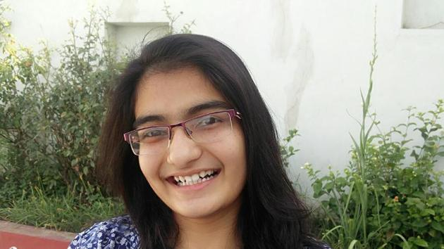 Vrunda Rathi, 17-year-old Nashik girl, will now live her dream after bagging the All India Rank 1 among girls in the JEE Main Exam 2017.(Handout image)