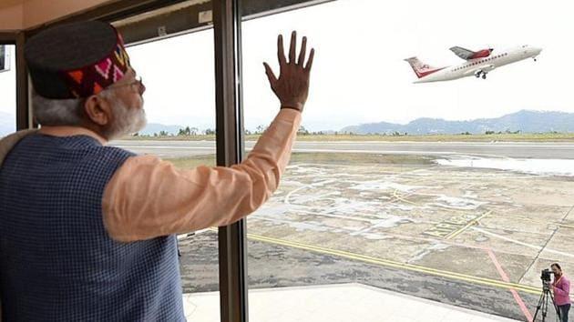 Prime Minister Narendra Modi after inaugurating the Delhi-Shimla flight from Shimla airport on Thursday.(HT photo)