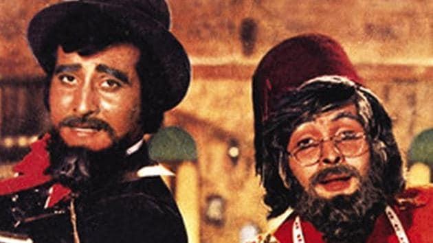 Vinod Khanna, Rishi Kapoor and Amitabh Bachchan co-starred in 1977's Amar Akbar Anthony.