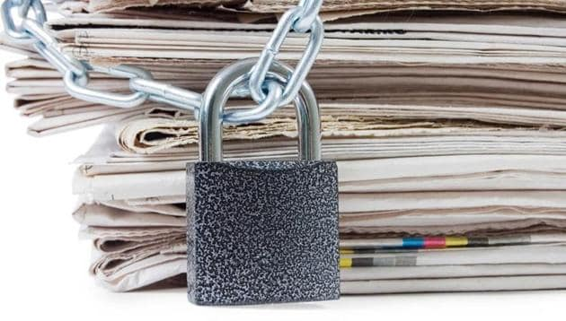 India slipped three places in the 2017 world press freedom rankings to 136th among 180 countries.(Shutterstock)
