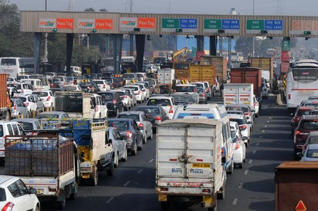 The industrialists have long been complaining about traffic jams and other problems due to the convergence of vehicles at the Kherki Daula Toll plaza.(File Photo)