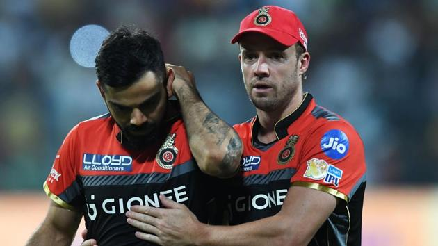 Royal Challengers Bangalore captain Virat Kohli and AB De Villiers had different advice for bowler Aniket Choudhury when he came to bowl in the 18th over against Mumbai Indians.(AFP)
