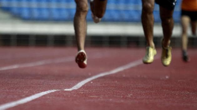 The uneven track at the Jawaharlal Nehru Stadium in New Delhi can cause career-threatening injuries to athletes.(HT Photo)