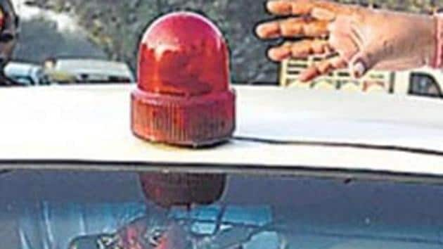 The ban on use of red beacons atop vehicles of dignitaries and government officials came into effect from May 1.(HT file photo)