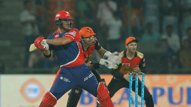 Corey Anderson top scored for Delhi Daredevils with an unbeaten 41 in their 2017 Indian Premier League match against Sunrisers Hyderabad at the Feroz Shah Kotla on Tuesday night. Get full cricket score of Delhi Daredevils vs Sunrisers Hyderabad here.(BCCI)