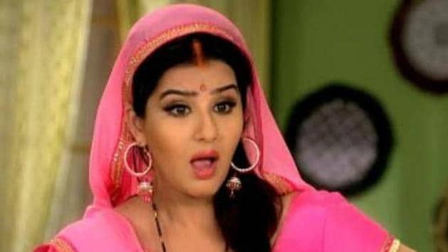 Actor Shilpa Shinde says people in CINTAA are taking advantage of their position.