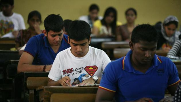 The Telangana Board of Secondary Education on Wednesday declared the results of the Secondary School Certificate (SSC) or Class 10 examinations for the 2016-17 academic year on its official website.(Kalpak Pathak/HT file)