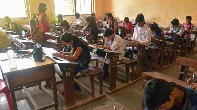 The Bihar School Examination Board (BSEB) will declare the results of Class 10 and 12 board examination by the end of May.(Pratham Gokhale/HT file)