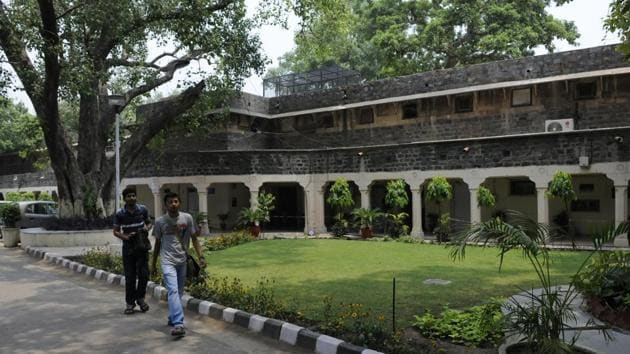 Ambedkar University's Kashmere Gate campus offers seven undergraduate courses while its Karampura campus offers four.(HT File Photo)
