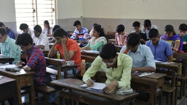 Andhra Pradesh's Board of Secondary Education on Saturday declared the results of the Senior Secondary Certificate (SSC) or Class 10 board examination.(Praful Gangurde/HT file)