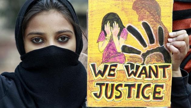 Students observe 'Black Day' at Jantar Mantar as they call for justice for the Delhi gang rape victim in New Delhi.(Sonu Mehta/HT File Photo)