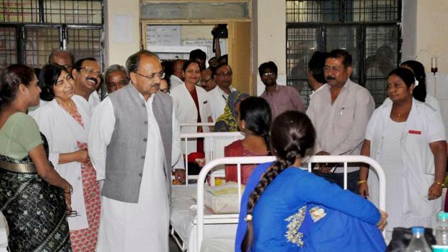 The initiative is being led by the state medical and health minister Sidharth Nath Singh who has asked doctors to devote at least four hours a week to serve patients at district hospitals as well as PHCs and CHCs.(File Photo)