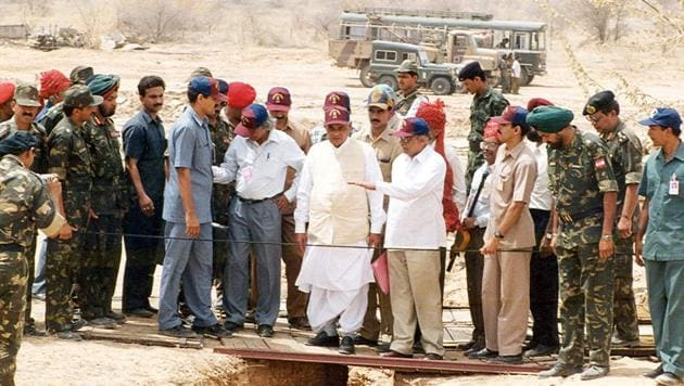 Then Prime Minister Atal Bihari Vajpayee visits Pokhran during the nuclear tests in 1998.(HT File Photo)