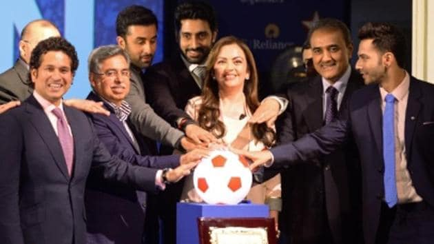 The Indian Super League (ISL), which is likely to run simultaneously with the I-League from next season, has invited bids for 'one to three' new teams in the tournament.(AFP/Getty Images)