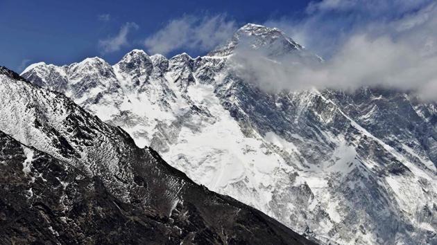An Indian mountaineer went missing in Mount Everest since Saturday after descending from top of the world's highest peak.(AFP File Photo)