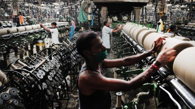 Employment in the formal sector has fallen since 1997. More and more people are being pushed into either lowest-end self-employment; or the most unprotected and casualised wage employment.(Indranil Bhoumik/Mint)