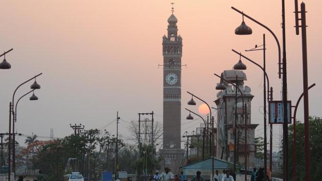 Hussainabad Clock Tower in Lucknow which is a replica of the famous Big Ben in London.(Ashok Dutta/HT Photo)