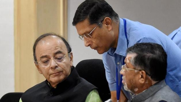 Union finance minister Arun Jaitley with MoS Santosh Gangwar at the 15th Goods and Services Tax (GST) meeting in New Delhi.(PTI)